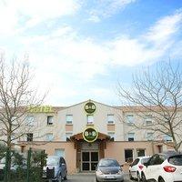 B&B Hôtel Toulon Ollioules