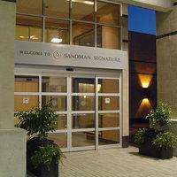 Sandman Signature Toronto Airport