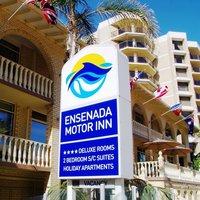 Ensenada Motor Inn