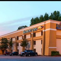 Baymont Inns & Suites Memphis East