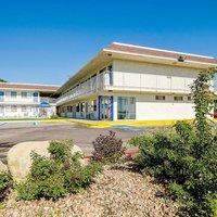 Motel 6 Denver-Thornton
