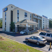 Comfort Inn & Suites Durham near Duke University