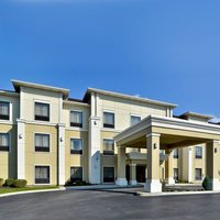 La Quinta Inn & Suites by Wyndham Lackawanna