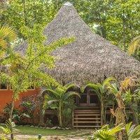 Natura Cabanas