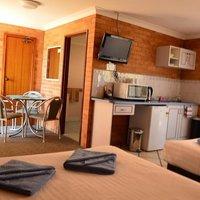 Port O'call Motel