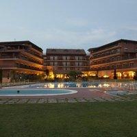 Golden Tulip Marina di Castello Resort
