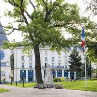 Grand Hôtel Plessis Robinson