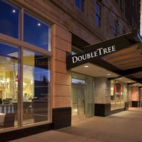 Doubletree Guest Suites Fort Shelby