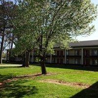 Red Roof Inn & Suites Greenwood SC