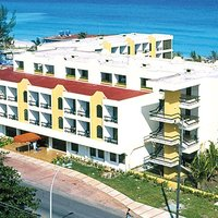 Hotel Club Tropical