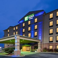 Holiday Inn Express Hotel & Suites Charleston - Southridge