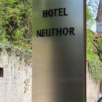Neuthor