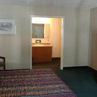 Keystone Boardwalk Inn & Suites