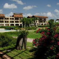 Los Altos Residences