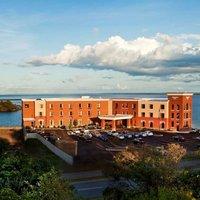Hampton Inn Marquette/Waterfront