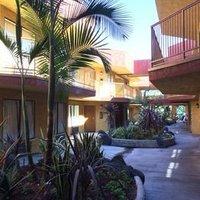 Dynasty Inn Gardena California