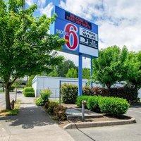 Motel 6 Portland North