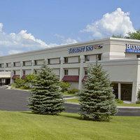 Baymont Inn & Suites Traverse City